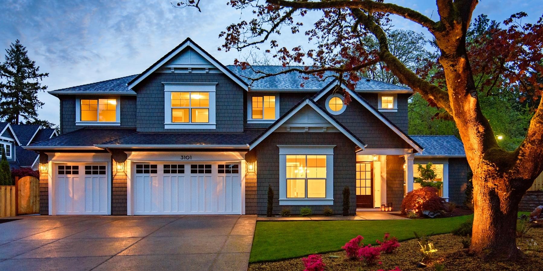 Huge Lake Oswego Home For Sale