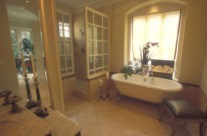 Big Easy Master Tub & Walk-In Shower